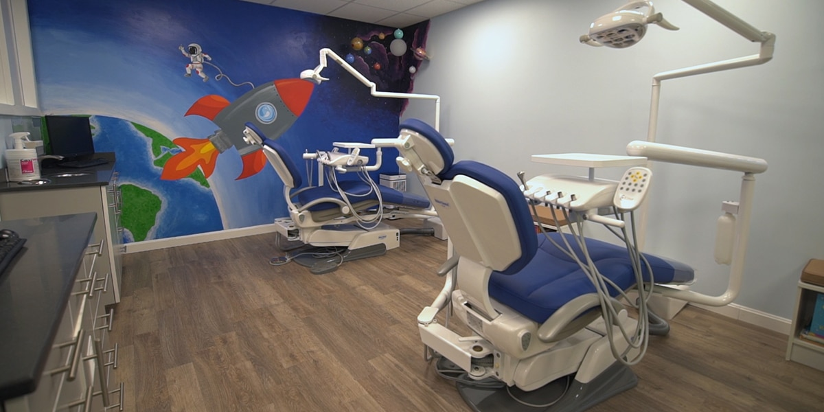 Dental technology decorative image